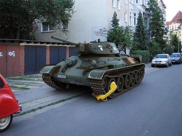 military-humor-bad-parking-level-tank