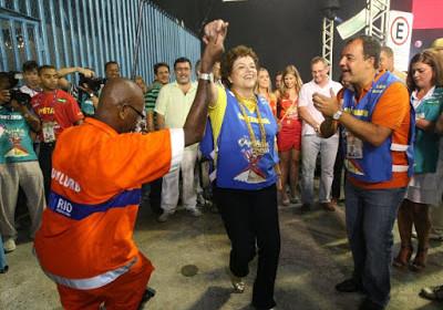 brasil-festeja-carnaval-no-precipicio