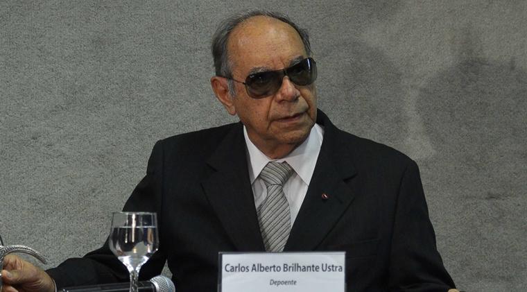 bolsonaroCarlos-Alberto-Brilhante-Ustra