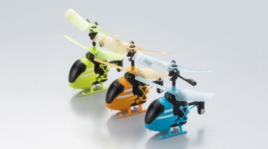 worlde28099s-smallest-rc-helicopter-is-pico-falcon3-610x341